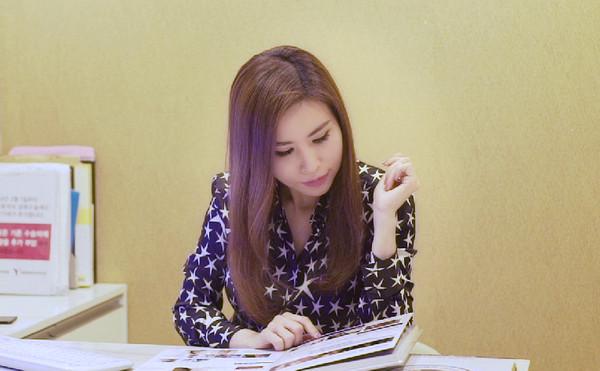 Cuộc sống sang chảnh, ngập trong đồ hiệu của nữ CEO người Việt tại nước ngoài - Ảnh 12.