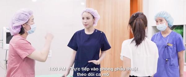 Cuộc sống sang chảnh, ngập trong đồ hiệu của nữ CEO người Việt tại nước ngoài - Ảnh 17.