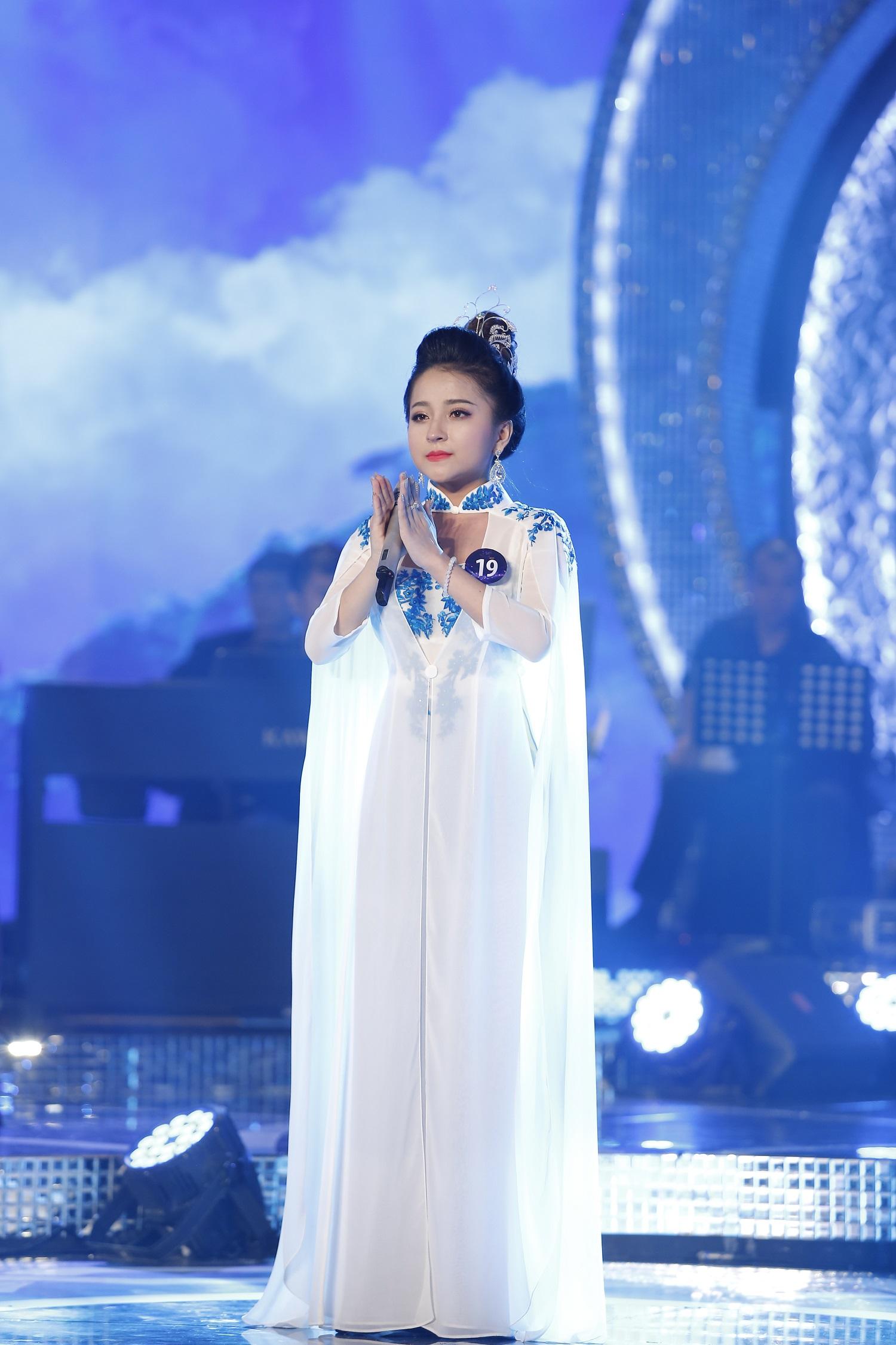 Phan Ngọc Ánh hot girl ví dặm triệu view: Vượt qua chính mình - Ảnh 3.