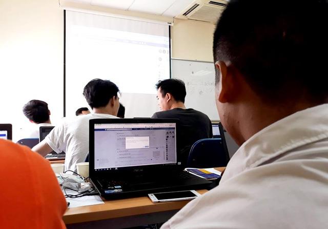 """Đổ bộ lớp học trải nghiệm """"2K Phiêu Lưu Làm Hacker Mũ Trắng"""" tại FPT Jetking - Ảnh 2."""