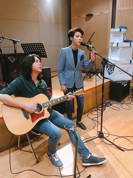 Vũ Cát Tường khiến fan phấn khích khi nhá hàng bài hát Forever Mine - Ảnh 2.