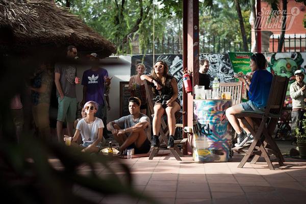 6 điểm đến cực nghệ cho một cuối tuần đặc biệt giữa lòng Hà Nội, Sài Gòn - ảnh 29