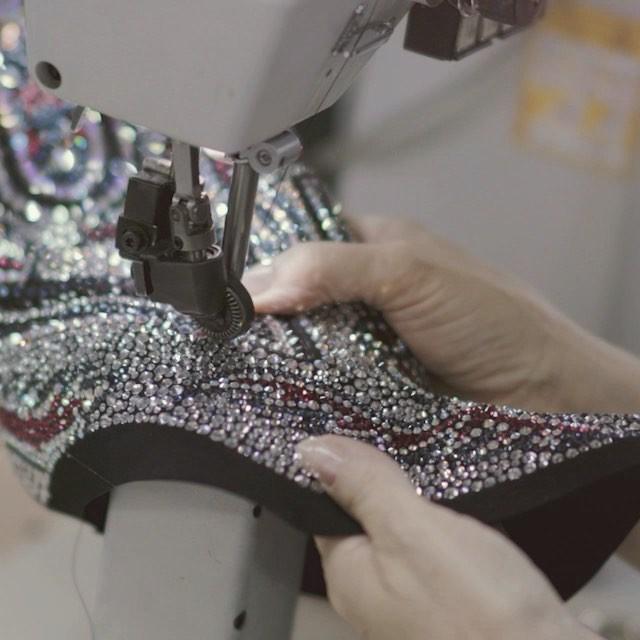 Câu chuyện ẩn chứa trong những đôi giày Giuseppe Zanotti - Ảnh 4.