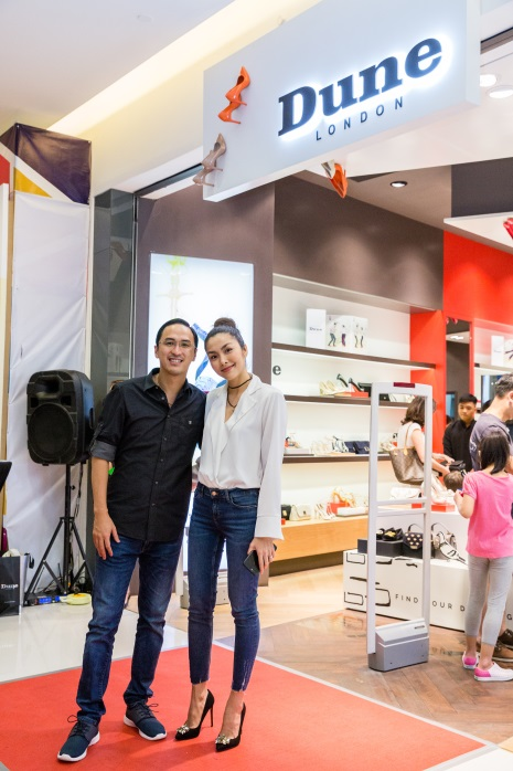 Tăng Thanh Hà, Phillip Nguyễn cùng Kim Nhung dự khai trương thương hiệu giày đến từ Anh Quốc - Ảnh 2.