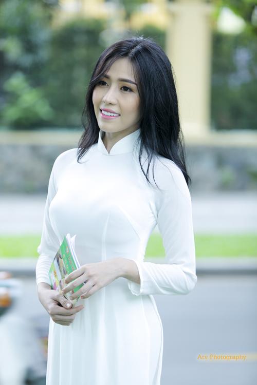 Yuna (Phan Quỳnh Ngân) phát hành phim ngắn đạt triệu view trong 4 ngày đầu tiên - Ảnh 9.