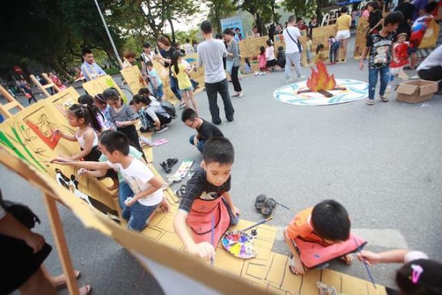 Lễ hội nghệ thuật trẻ em đặc sắc mừng sự kiện APEC thành công - Ảnh 2.