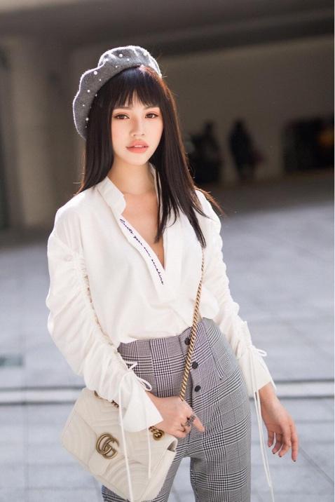 """""""Tiểu thư làng mốt"""" Jolie Nguyễn tỏa sáng với thương hiệu thời trang Việt - Ảnh 4."""