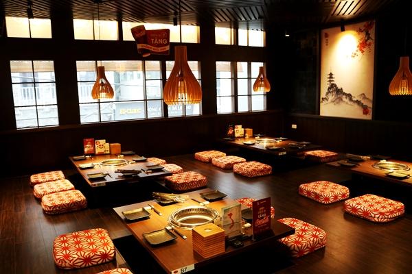 Thiên đường ẩm thực nướng than hoa Nhật Bản trên phố Bùi Thị Xuân - Ảnh 3.