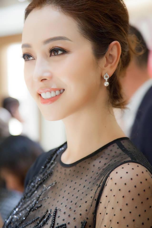 Nhìn lại hành trình thay đổi nhan sắc của hoa hậu Jennifer Phạm - Ảnh 7.