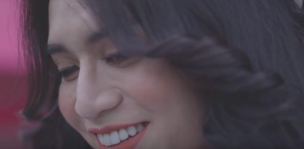 """BB Trần hóa thân """"bad girl"""" cực lầy trong MV """"Người lạ ơi"""" bản Parody - Ảnh 10."""