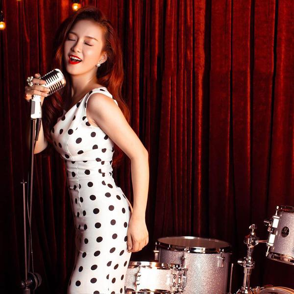 Bùi Anh Tuấn bất ngờ tái xuất cùng Đinh Hương trong đêm nhạc 12 độ yêu - Ảnh 2.