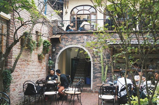 Top 3 quán cà phê đẹp tại Hà Nội được giới trẻ yêu thích - ảnh 6