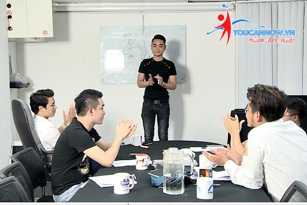 Có một lớp học kỹ năng giao tiếp, thuyết trình, đàm phán ngay tại Hà Nội - Ảnh 1.