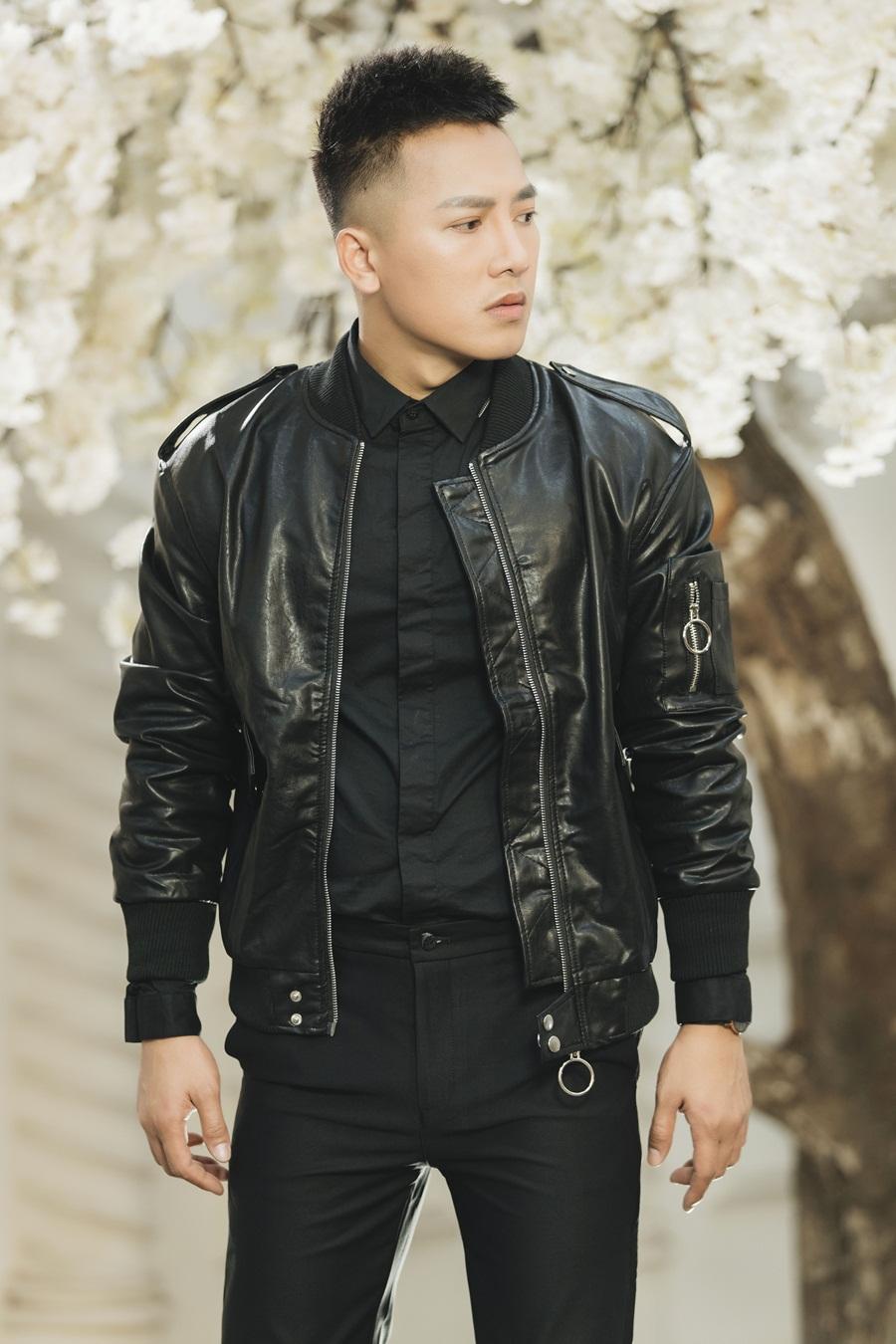 Cán mốc 100 triệu view, Châu Khải Phong đãi fan bằng MV phim ca nhạc mới - Ảnh 8.