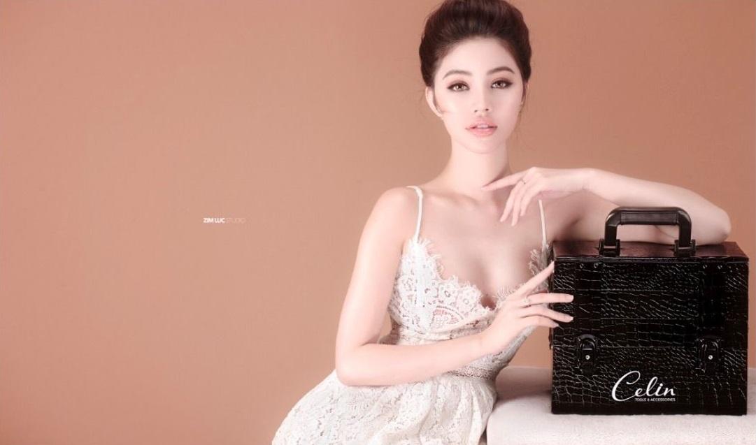 Sinh nhật thương hiệu Celin - Một tên tuổi đình đám trong làng make up Việt - Ảnh 2.