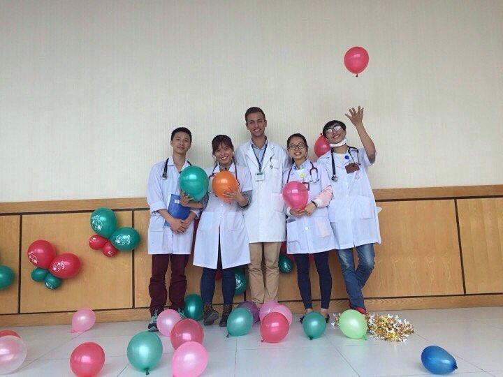 Con đường chinh phục 7.0 IELTS và ước mơ vươn xa của cô sinh viên Y khoa - Ảnh 7.