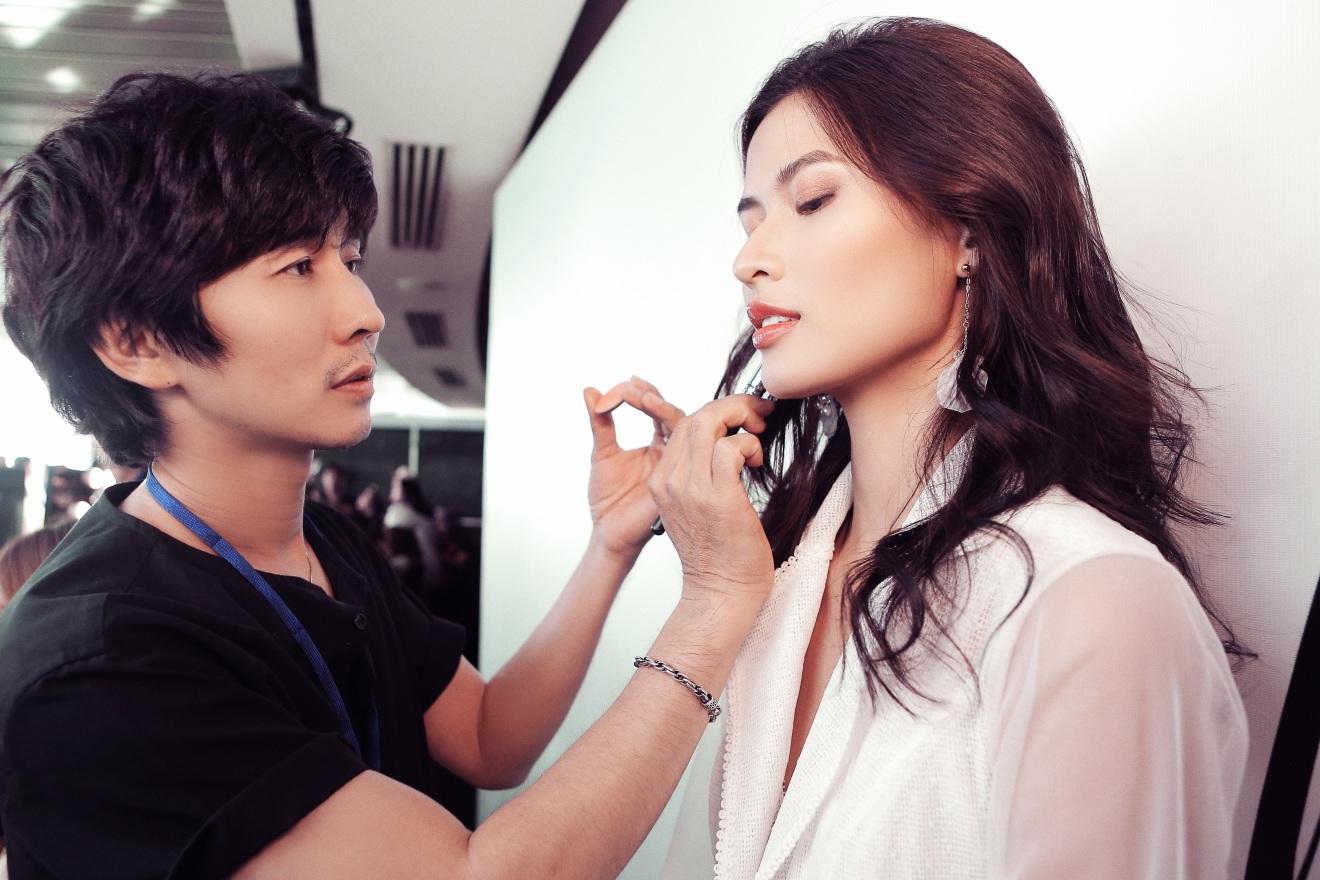 Sau fashion show cực thành công, NTK Chung Thanh Phong bất ngờ tiết lộ bí mật sau hậu trường - Ảnh 6.