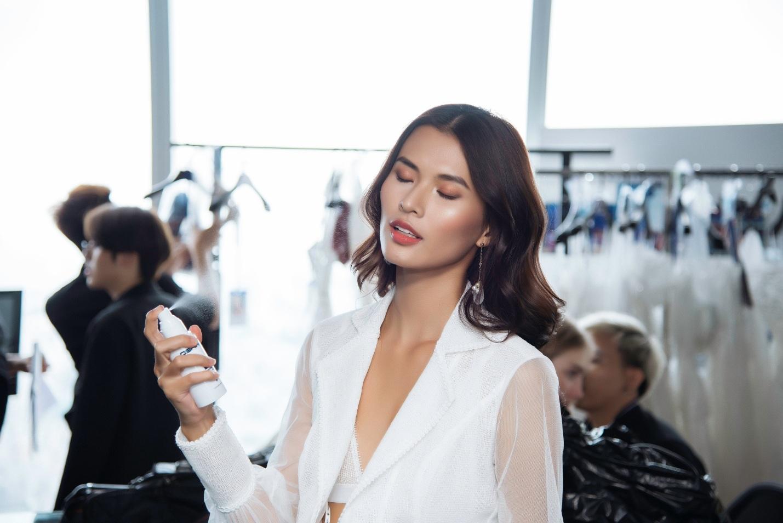 Sau fashion show cực thành công, NTK Chung Thanh Phong bất ngờ tiết lộ bí mật sau hậu trường - Ảnh 9.