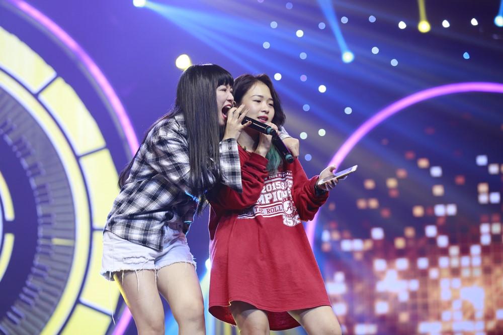 Hoàng Yến Chibi, Ali Hoàng Dương, Thảo Trang, Đinh Hương dốc sức luyện tập cho vòng thi quyết định Nhạc hội song ca mùa 2 - Ảnh 7.