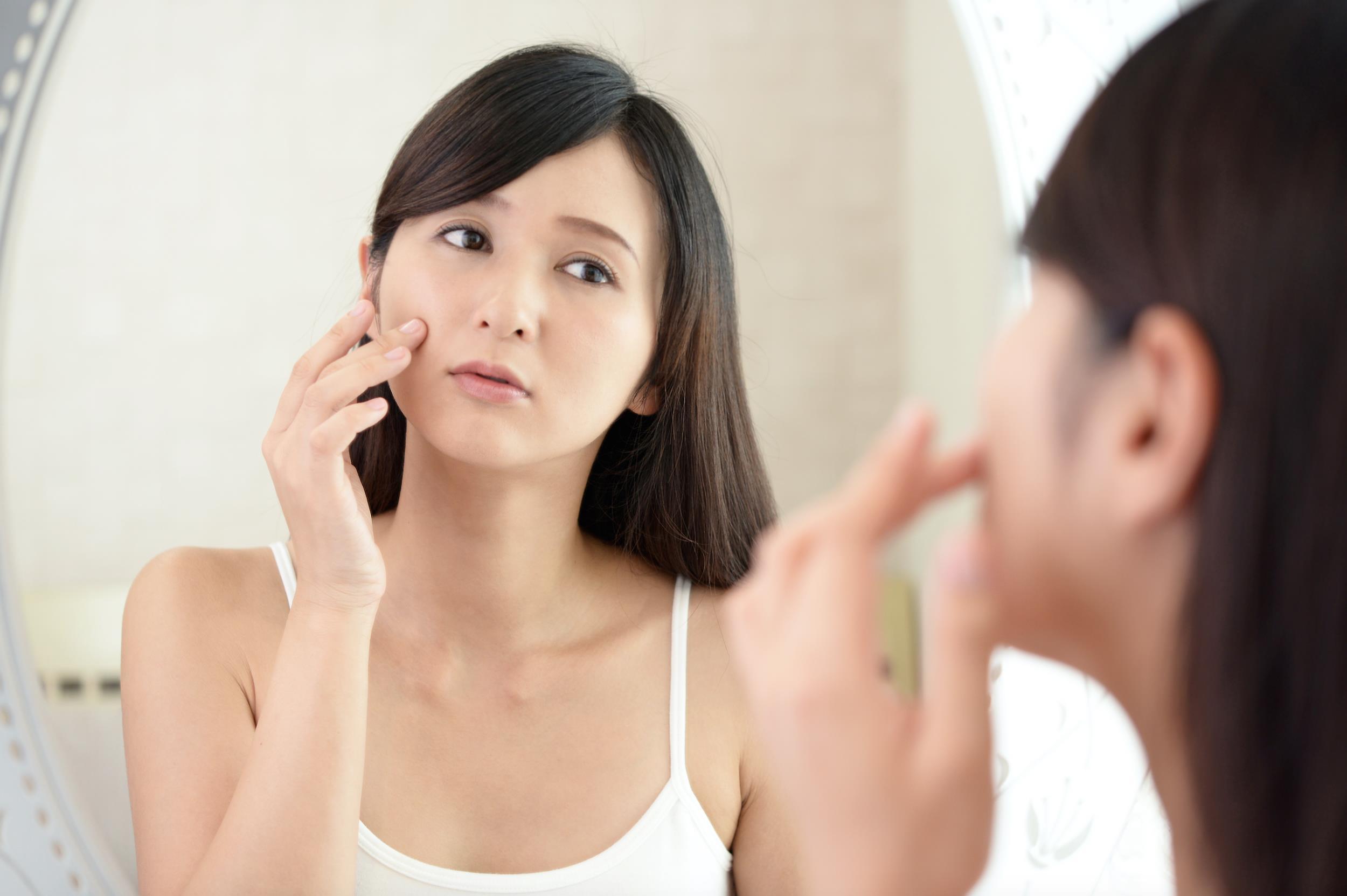 Tẩy trang và rửa mặt trong 1 bước: Là do bạn không biết cách chăm sóc da hay vì lười? - Ảnh 2.
