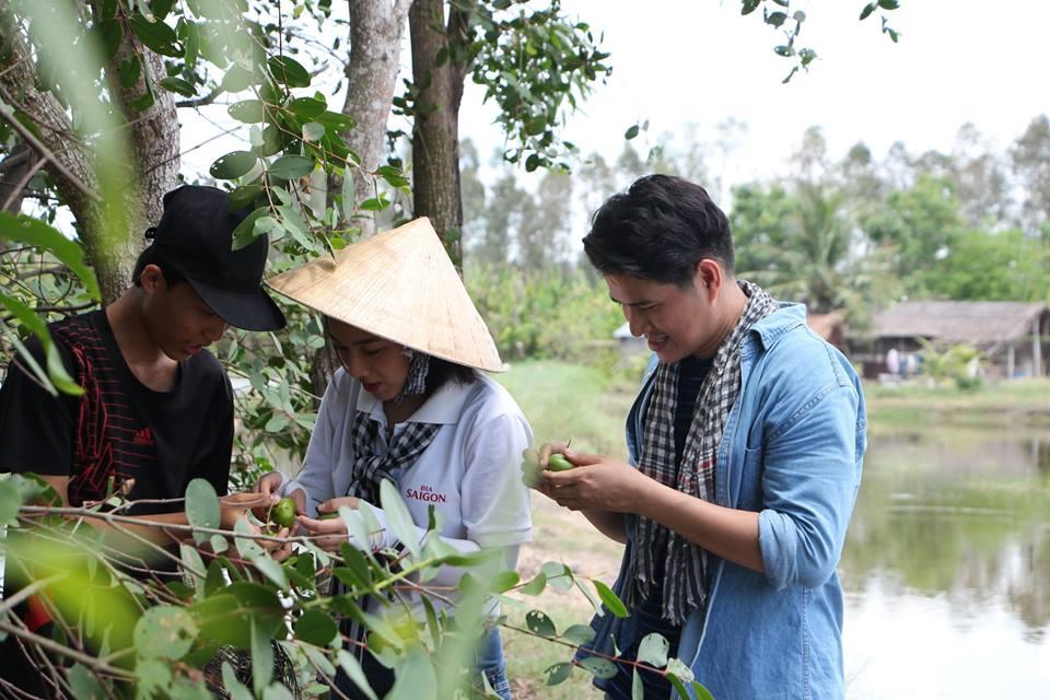 Ước Mơ Từ Làng: MC Vũ Mạnh Cường, ca sĩ Nam Cường cảm phục trước nỗ lực của các em học sinh nghèo hiếu học - Ảnh 4.