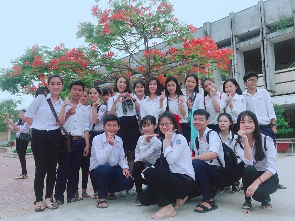 Ước Mơ Từ Làng: MC Vũ Mạnh Cường, ca sĩ Nam Cường cảm phục trước nỗ lực của các em học sinh nghèo hiếu học - Ảnh 7.