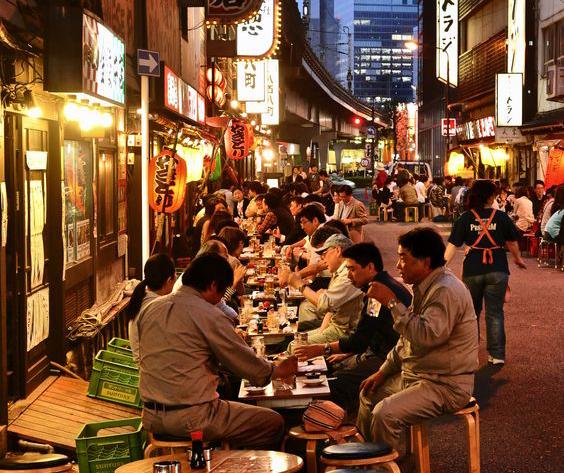 Kết quả hình ảnh cho Phố Nhật Bản Oishi Town (28 Thảo Điền, Phường Thảo Điền, Quận 2)