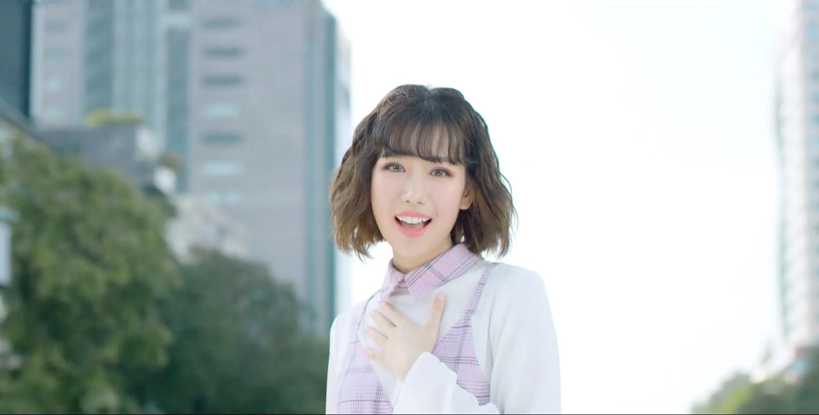 Truy tìm 6 cô gái toả sáng cùng MIN trong MV đẹp như mơ - Ảnh 5.