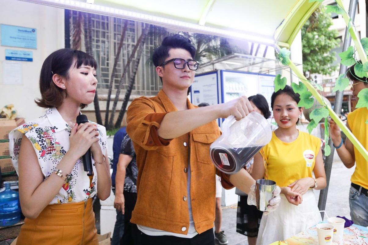 Bất ngờ khi thấy Jun Vũ - Jun Phạm, Min – Harry Lu hẹn hò trà chiều, hàng trăm fan đột kích buổi hẹn - Ảnh 20.