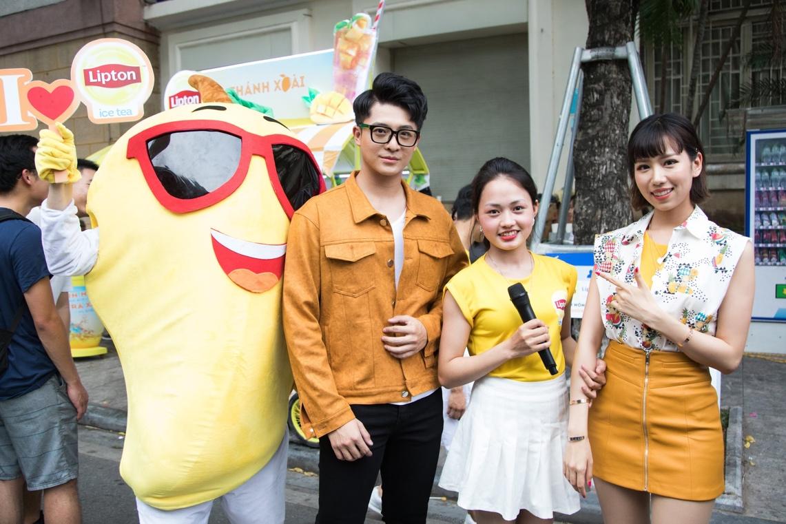 Bất ngờ khi thấy Jun Vũ - Jun Phạm, Min – Harry Lu hẹn hò trà chiều, hàng trăm fan đột kích buổi hẹn - Ảnh 24.