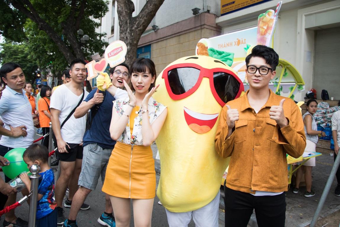 Bất ngờ khi thấy Jun Vũ - Jun Phạm, Min – Harry Lu hẹn hò trà chiều, hàng trăm fan đột kích buổi hẹn - Ảnh 25.