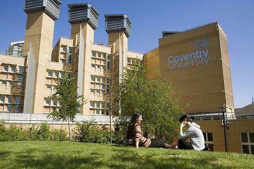 Du học các trường đại học Anh Quốc chi phí tiết kiệm - Ảnh 2.