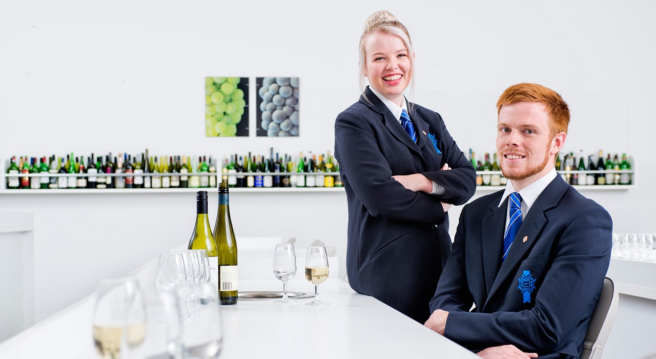 Học ẩm thực, nhà hàng khách sạn tại Pháp, Úc, New Zealand cùng Le Cordon Bleu - Ảnh 3.