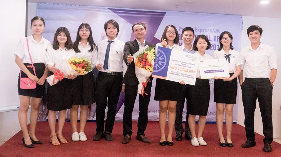 UK Academy đại diện Việt Nam dự thi ITC khu vực Châu Á Thái Bình Dương - 2018 - Ảnh 3.