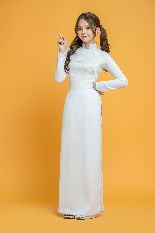 Những tà áo dài trắng phải chọn cho ngày tựu trường - Ảnh 2.