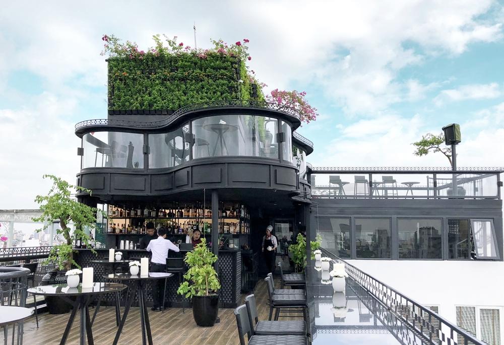 Khám phá 2 rooftop sang chảnh bậc nhất Hà Nội nằm trong phố cổ - Ảnh 4.