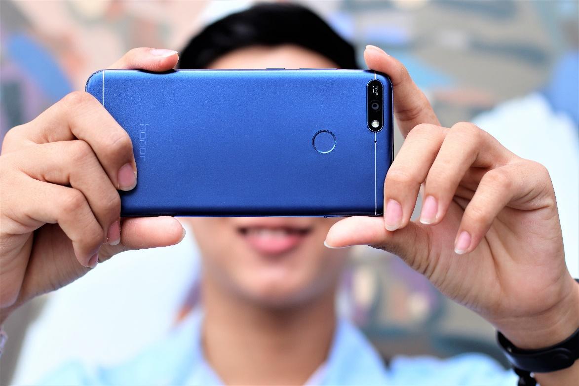 """Honor 7A - Smartphone """"kool"""" giá siêu mềm cho thế hệ Z - Ảnh 1."""