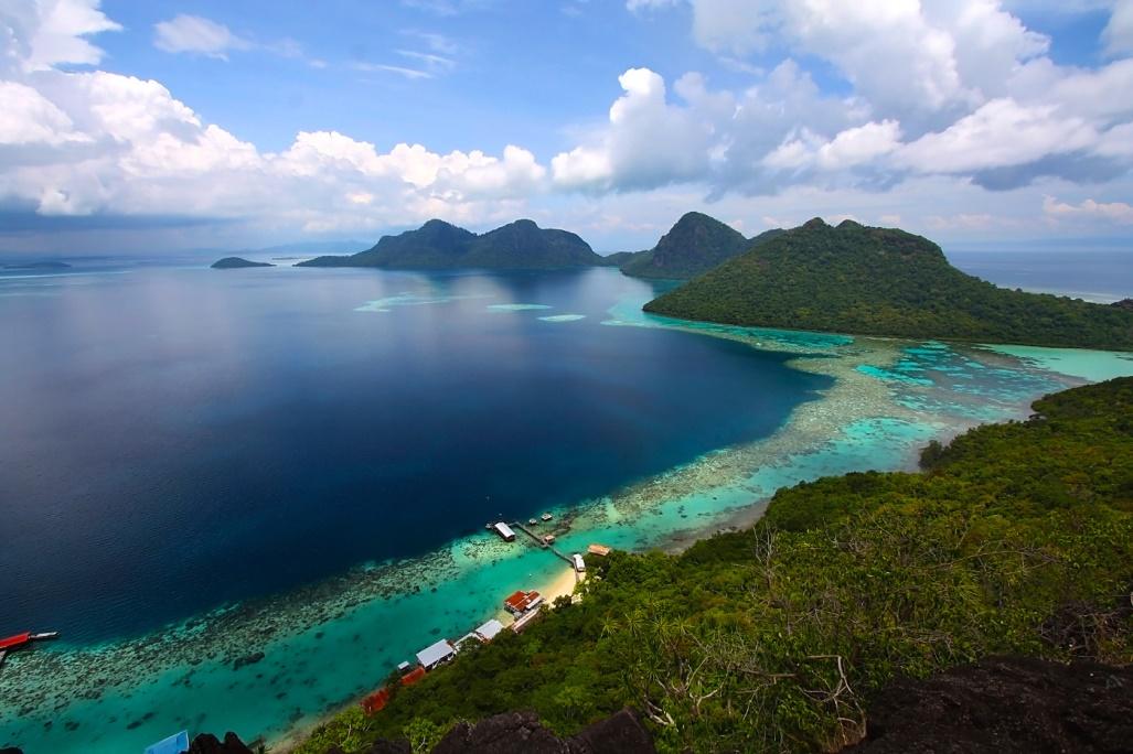 """Hè này muốn """"detox"""" cho tâm hồn thì không thể bỏ qua thiên đường biển đảo Kota Kinabalu - Ảnh 1."""