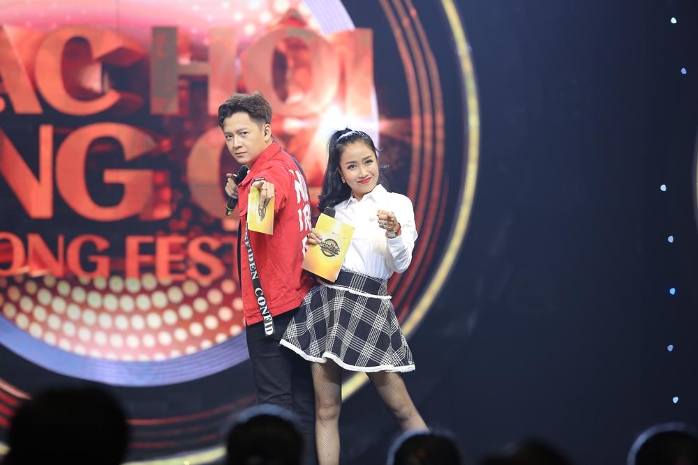 Sau ly hôn, Hồng Nhung rạng rỡ tham gia Nhạc hội song ca mùa 2 - Ảnh 1.