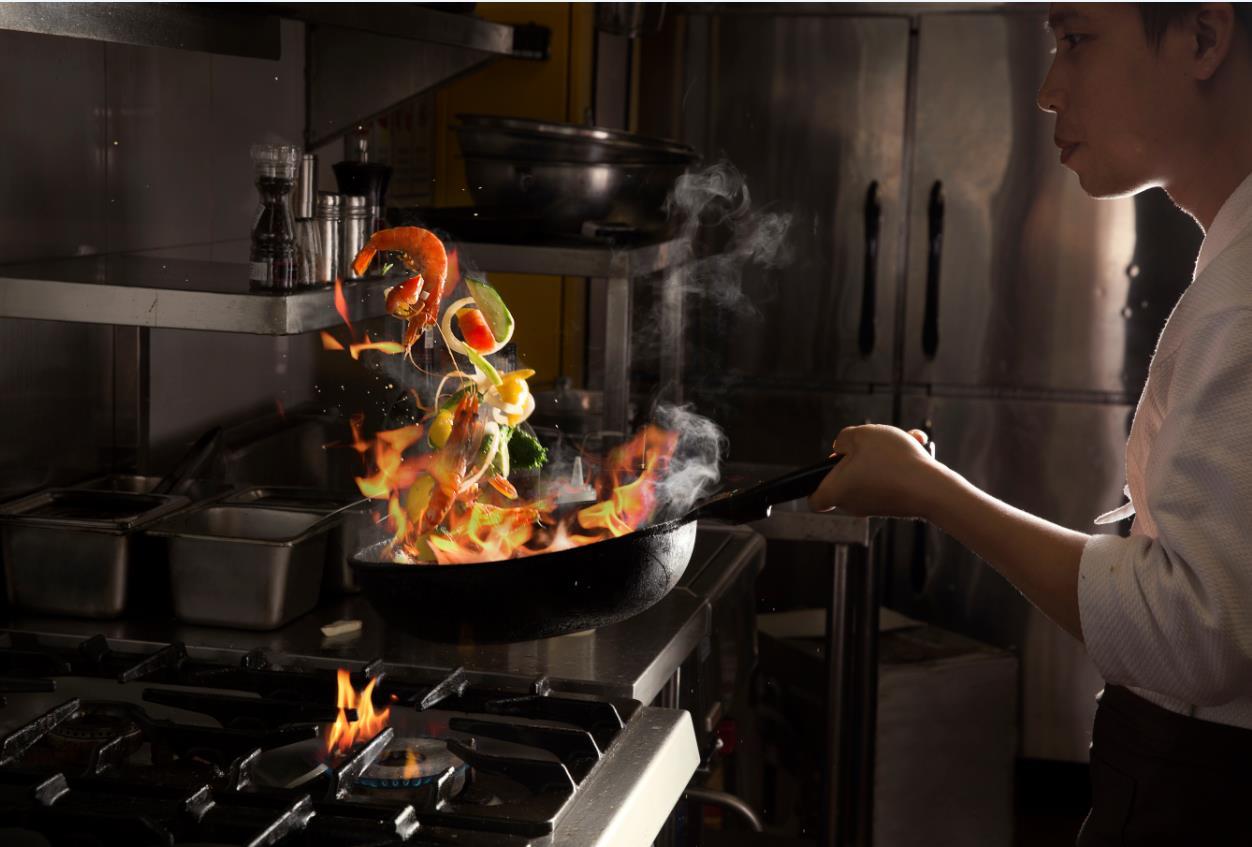 Câu chuyện của người đầu bếp Nhật nấu món Ý bằng cả thanh xuân - Ảnh 8.
