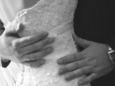 Đêm tân hôn - 101 điều mẹ không tiết lộ với con gái - Ảnh 1.