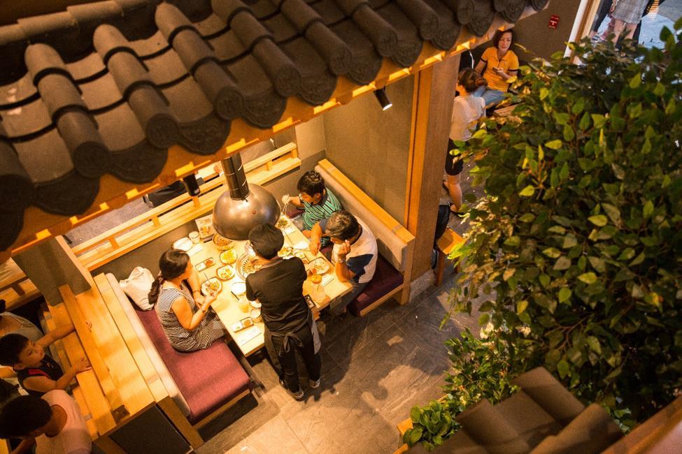 """Dân sành ăn Bình Thạnh, Q.1 có thêm địa điểm """"sống ảo"""" ở quán thịt nướng Hàn Quốc - Ảnh 6."""