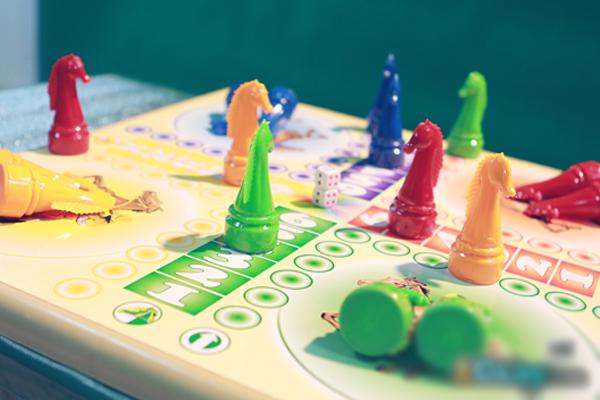 """Điểm mặt chỉ tên những trò chơi làm sống dậy cả """"bầu trời tuổi thơ"""" của thế hệ 8x, 9x - Ảnh 1."""