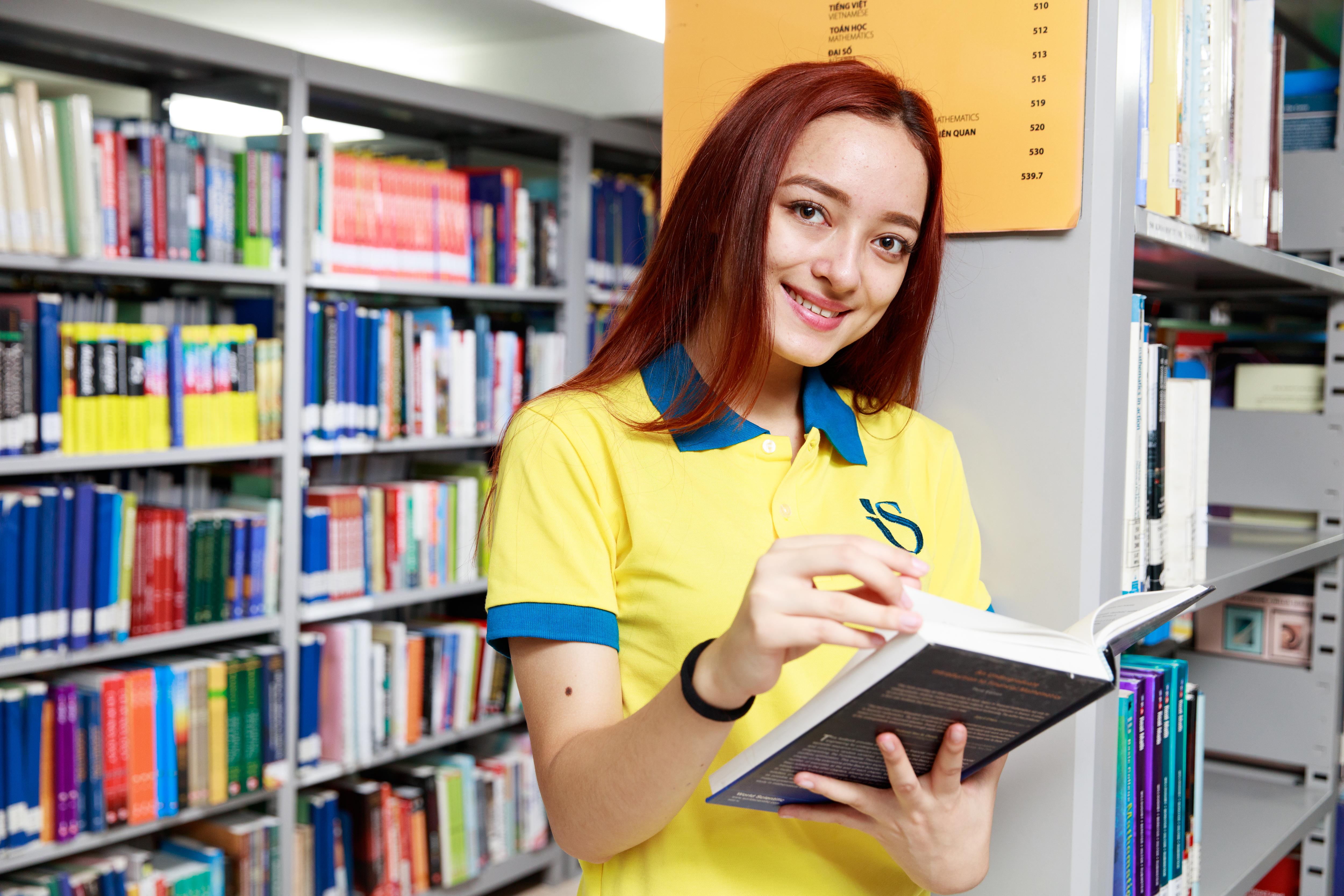 Khoa Quốc tế - ĐHQGHN xét tuyển học bạ lớp 12 chương trình đào tạo cử nhân - Ảnh 1.