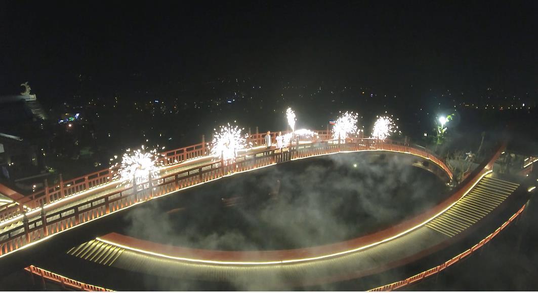 Sau cầu Vàng Đà Nẵng, cầu Koi Hạ Long đang được rầm rộ check in - Ảnh 7.
