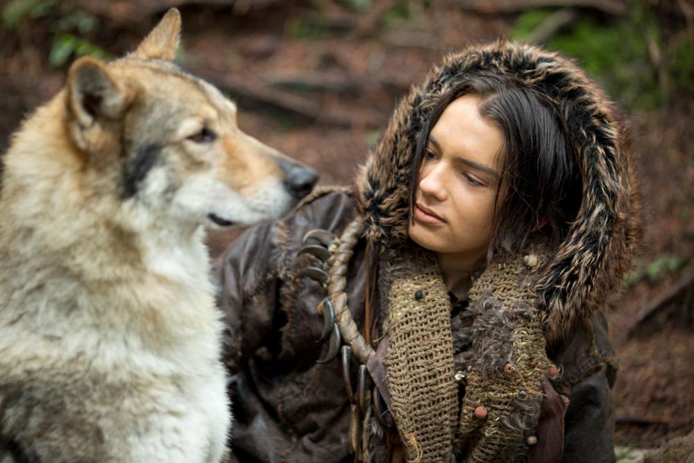 """""""Alpha"""" – Câu chuyện xúc động về tình bạn của các """"boss"""" và loài người - Ảnh 9."""