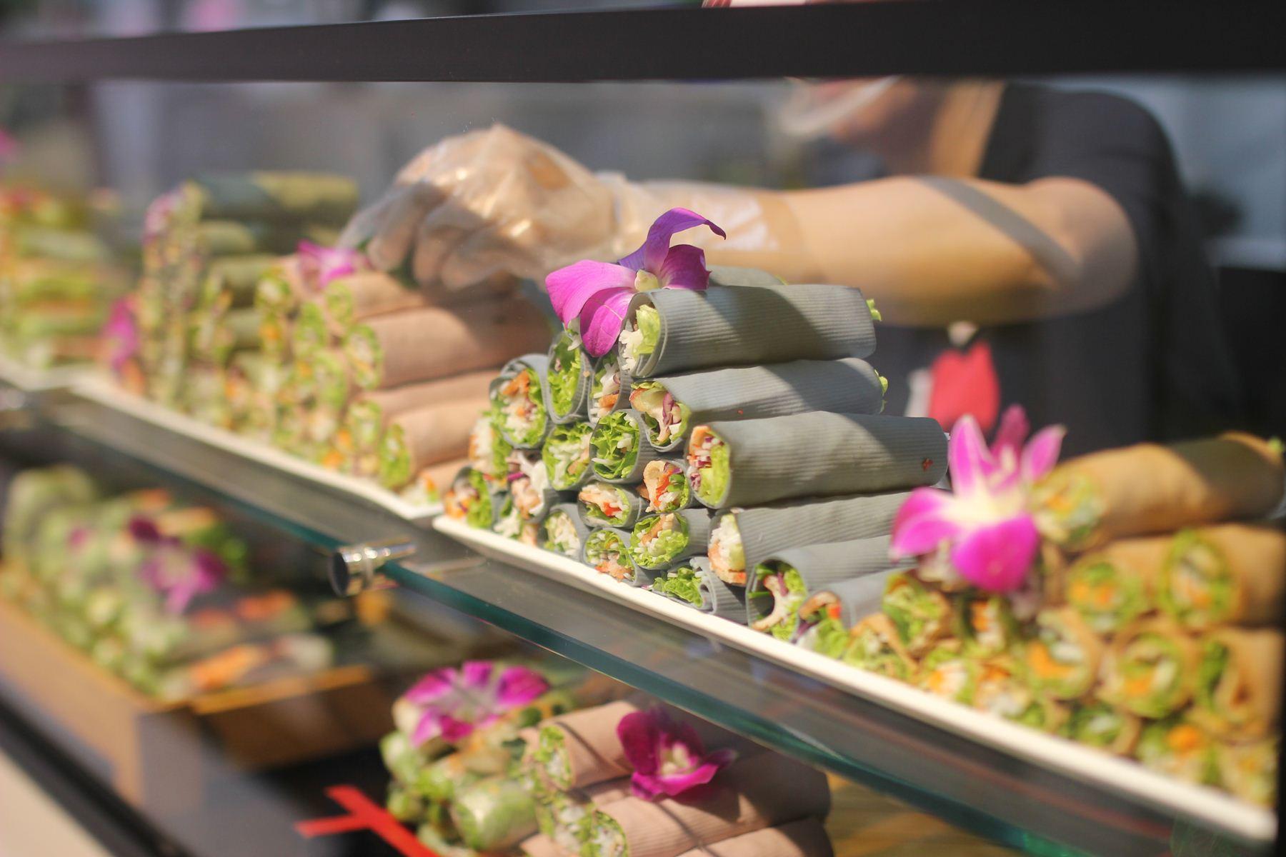 Nhà hàng Âu Lạc Healthy World thu hút các bạn trẻ với buffet hơn 150 món chay - Ảnh 2.