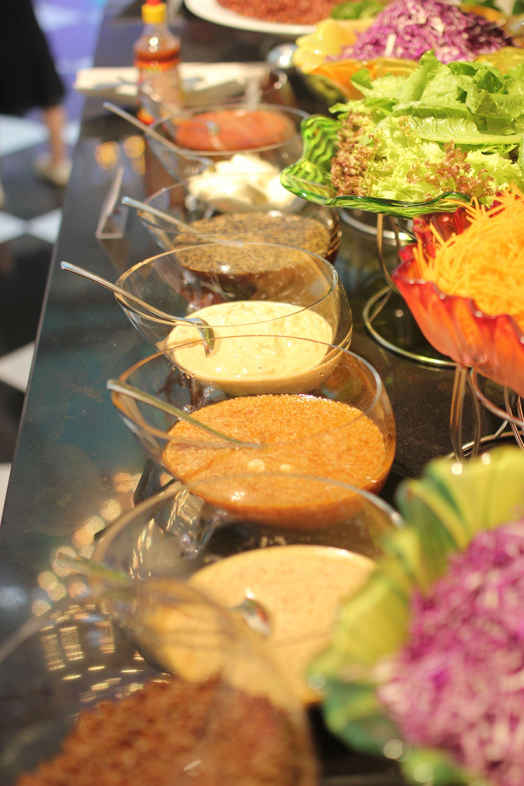 Nhà hàng Âu Lạc Healthy World thu hút các bạn trẻ với buffet hơn 150 món chay - Ảnh 3.