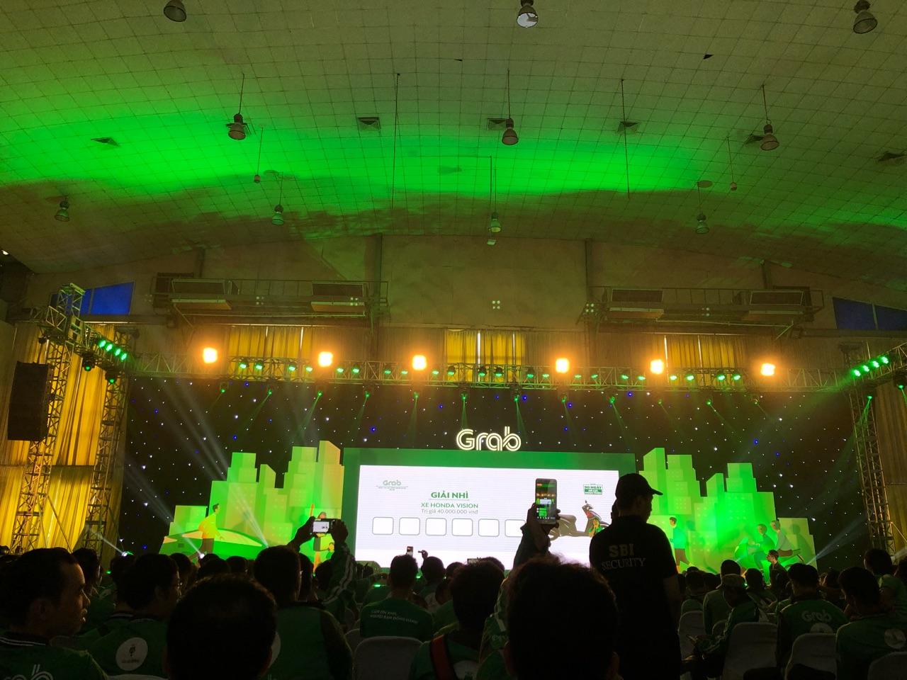 Hà Nội: Mặc mưa bão, Ngày hội tài xế công nghệ vẫn quy tụ hàng ngàn người tham gia - Ảnh 7.