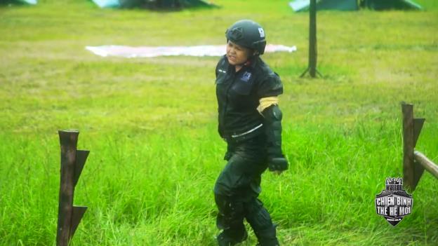 Rima Thanh Vy khóc nức nở, bất lực với vai trò thủ lĩnh trong Chiến Binh Thế Hệ Mới - Ảnh 9.